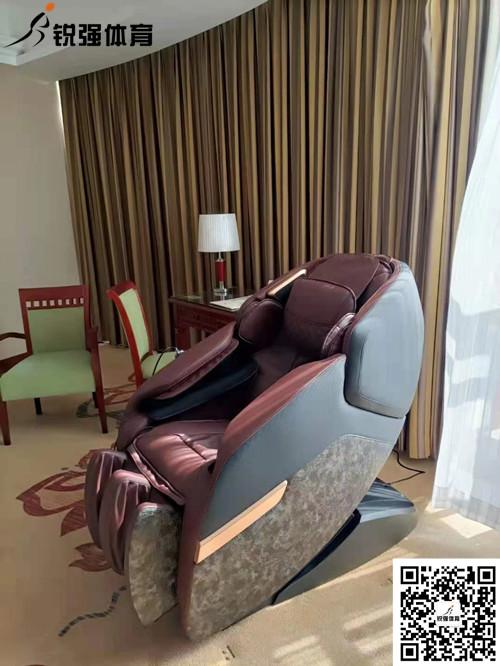 泰安某酒店配置锐珀尔A5L-5按摩椅