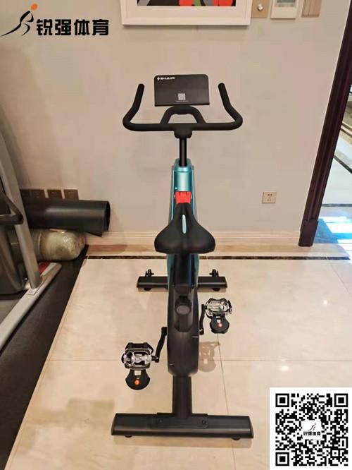 淄博某小区业主选择我们提供的动感单车