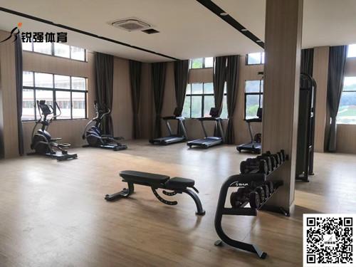 泰安某银行健身房